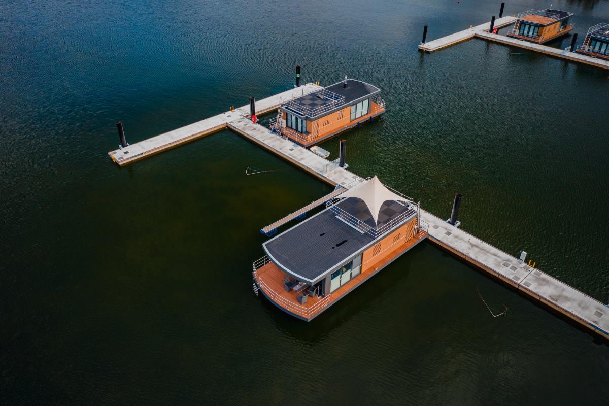 Hausboot-Skyline23