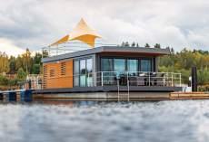 Hausboot-Skyline