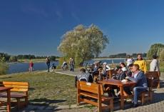 Hausboote_Rhein_RheinRastkl1