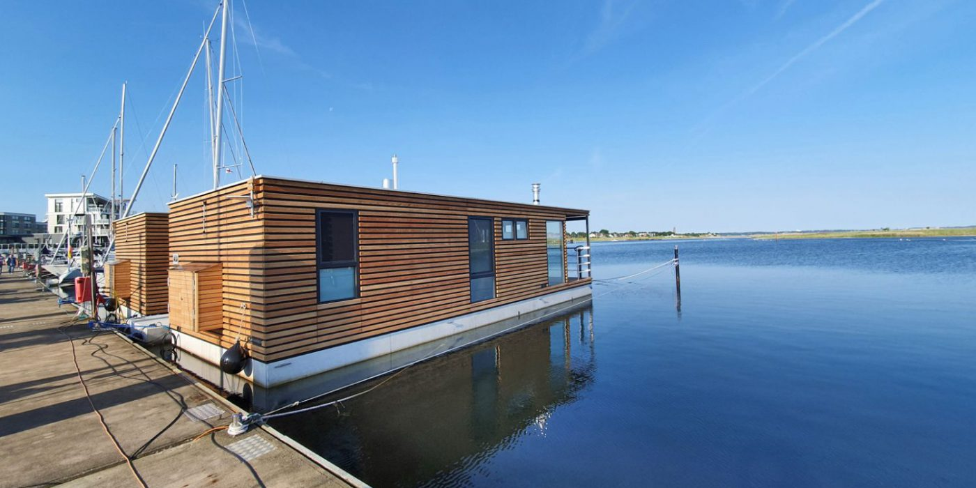 Neu: Hausboote in der Marina Wendtorf